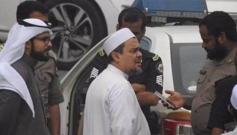Habib Rizieq diperiksa polisi Arab.