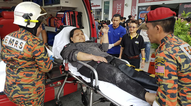 Hasil gambar untuk ledakan mall di malaysia