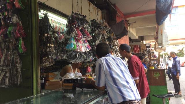 Berburu Jam Tangan Murah dan Berkelas di Pasar Senen - kumparan.com a5df46dc4d
