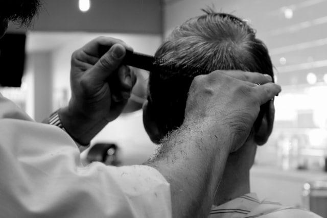 Hukum Potong Rambut dan Kuku Bagi yang Hendak Berkurban - kumparan.com 4c0dd5901f