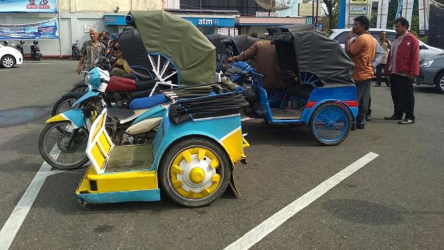 Goontravel Aplikasi Becak Motor Online Di Padang Kumparancom