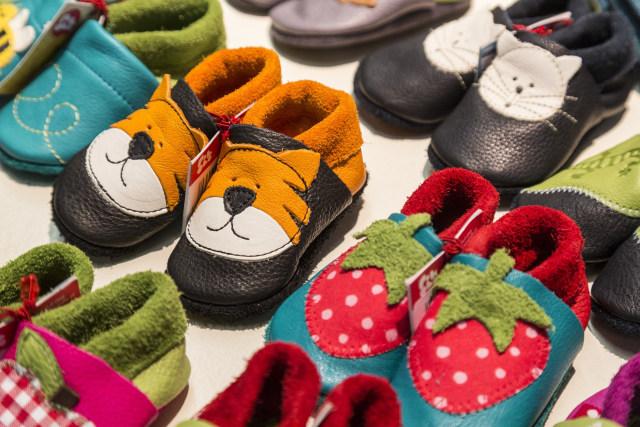 Cara Memilih Sepatu yang Tepat untuk Balita - kumparan.com 666153f678