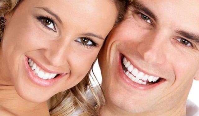 10 Tips Memutihkan Gigi Secara Alami Kumparan Com