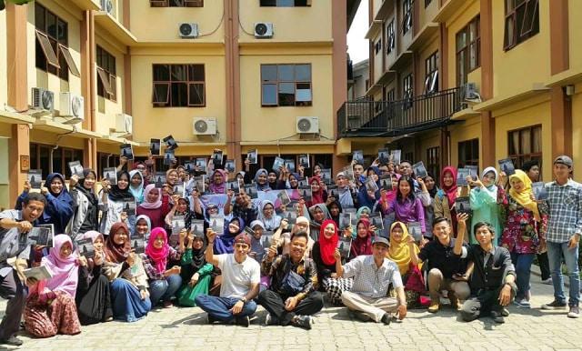Mahasiswa Unindra Luncurkan Kumpulan Cerpen Jangan Mencintai