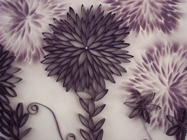 google.com. Ingin tahu dari bahan apa hiasan dinding ruang tamu cantik  bergaya floral ini  Jawabannya adalah bekas gulungan kertas ... d4a323c8bf