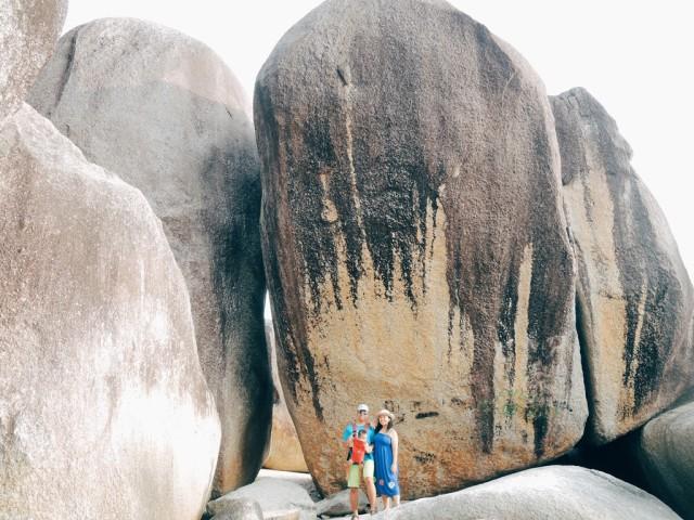 (Foto: Batu Granit raksasa di Pantai Tanjung Tinggi, Belitung/Eka Situmorang-Sir)