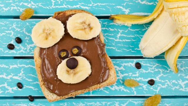 Ngabalin Stroke: Ide Bekal Sekolah Anak: Roti Cokelat Pisang Kismis