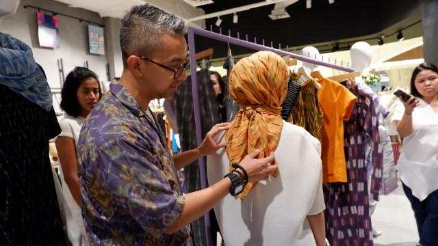 Tips Padu Padan Motif Tenun dari Desainer Didiet Maulana