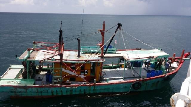 KKP Berturut-turut Tangkap 2 Kapal Pencuri Ikan Berbendera Malaysia