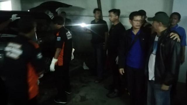 Seorang Wanita Ditemukan Tewas Dalam Mobil di Sawah Besar, Jakpus