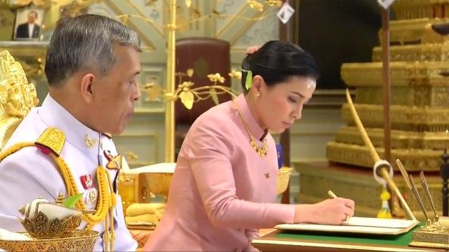 Jelang Penobatan, Raja Thailand Nikahi Mantan Pramugari