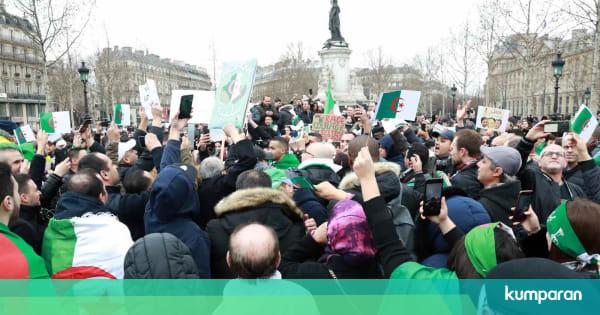 Ngabalin Stroke: Demo Besar Menentang Presiden Aljazair Maju Pilpres Pecah