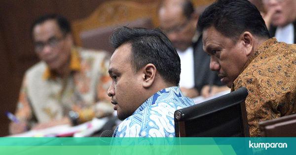 Ngabalin Stroke: Ponakan Novanto Beli Perusahaan Adik Andi Narogong Untuk